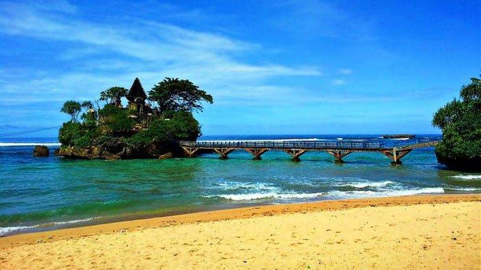 Harga Tiket Masuk Coban Rondo dan Pantai Balekambang, Tawarkan Pemandangan Indah & Cocok Buat Piknik