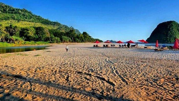 Harga Tiket Masuk Pantai Pulau Merah, Wisata Populer di Banyuwangi, Cocok Buat Berburu Sunset