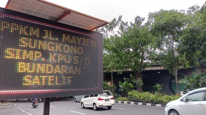 Tekan Potensi Kerumunan, Tiga Jalan Utama di Surabaya Diberlakukan Kawasan Physical Distancing