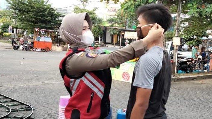 Pesona Prawan Sembodro, Para Satpol PP Wanita dari Trenggalek yang Giat Sosialisasi Prokes