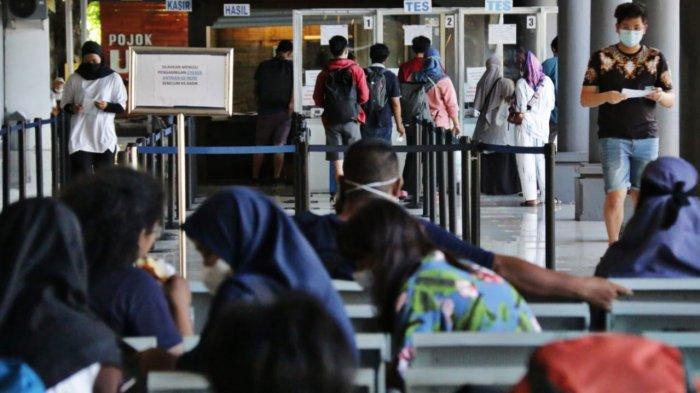 37 Ribu Lebih Warga yang Ada di Jatim Telah Bepergian Naik Kereta
