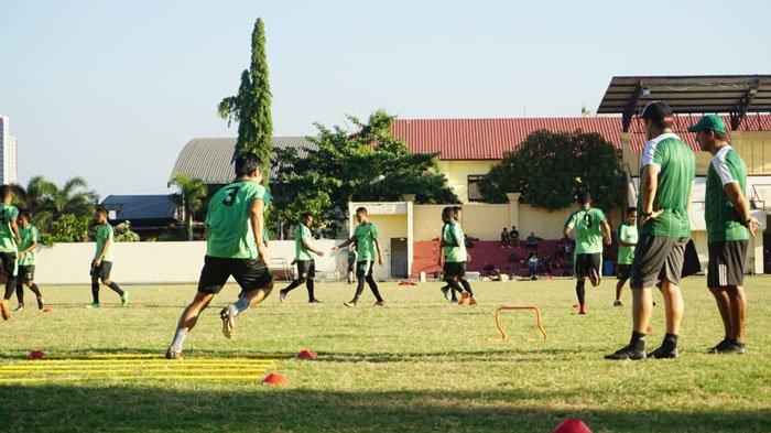 Antisipasi Bola Atas Jadi Pekerjaan Rumah yang Harus Dibenahi Persebaya Jelang Lawan Bali United