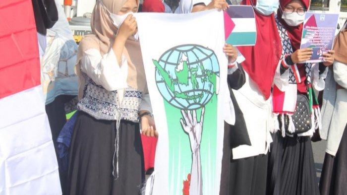 Gelar Aksi Dukungan ke Palestina, KAMMI dan GAMIS Jatim Dorong Pemerintah Ambil Kebijakan Nyata