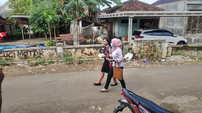Orang Asing Ramai-ramai Datangi Kampung Miliarder Tuban, Tawaran Menggiurkan, 'Mobil Hingga Umrah'
