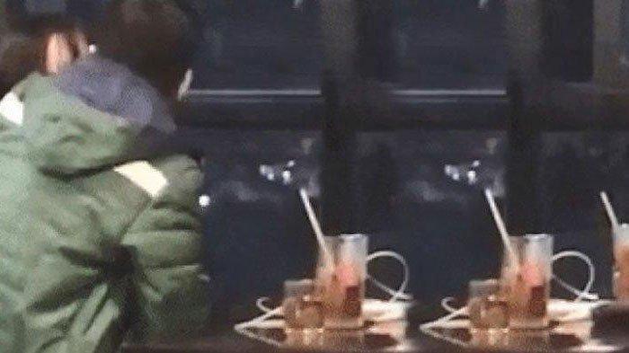 Video Pasangan ABG Mesum Lupa Daratan di Restoran Viral, Pengunjung Jijik Tonton Adegan Tangan