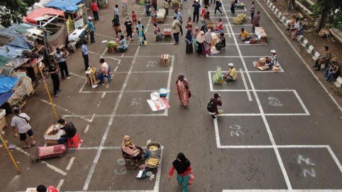 49 Pasar Krempyeng di Surabaya Ditata Sesuai Protokol Covid-19, Cegah Penularan saat Masa New Normal