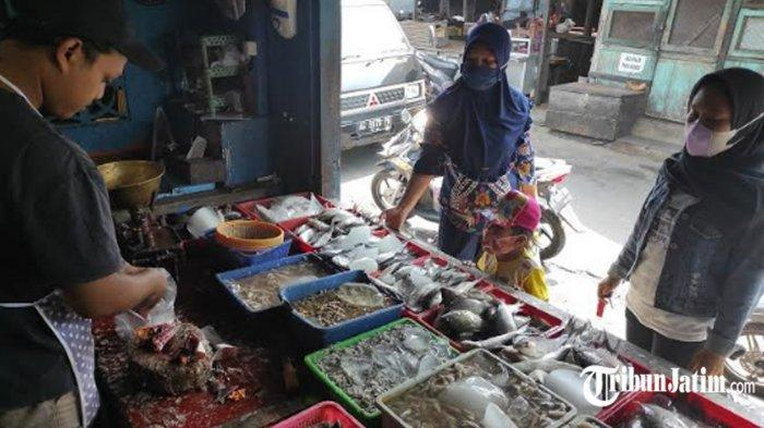 Harga Ikan di Pasar Templek Kota Blitar Naik, Imbas Pasokan Berkurang Akibat Ombak Besar
