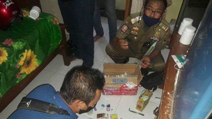 Satpol PP Ciduk 2 Pasangan di Luar Nikah di Kamar Kos Kota Mojokerto, Petugas Temukan Narkoba