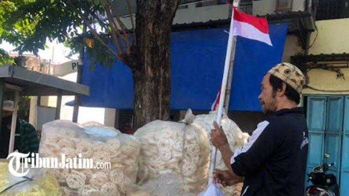 Bendera Merah Putih Dikibarkan PKL hingga Tukang Becak di Surabaya, Simbol Ikhtiar Perangi Covid-19