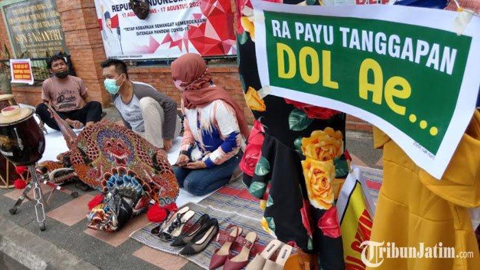 Nganggur Selama PPKM, Pekerja Seni di Trenggalek Jual Barang Kesenian, 'Dari pada Dianggurin'