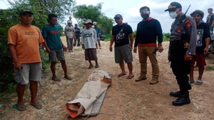 Pekerja tambang tewas sesai tersambar gergaji rajam di Desa Jadi, Kecamatan Semanding, Tuban Senin (14/12/2020)