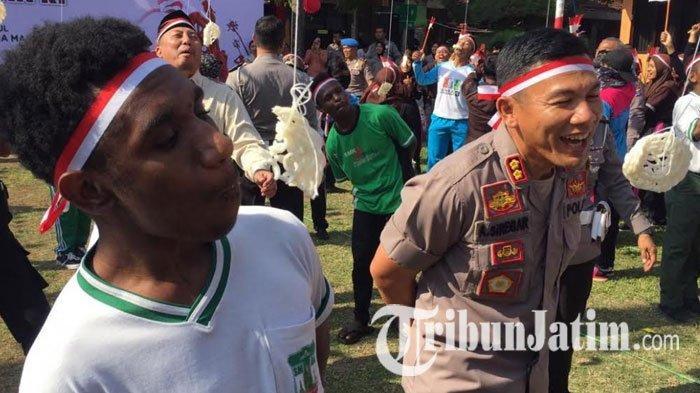 HUT RI ke-74, Pelajar Asal Papua Bersemangat Ikuti Lomba Agustusan di Polres Blitar Kota