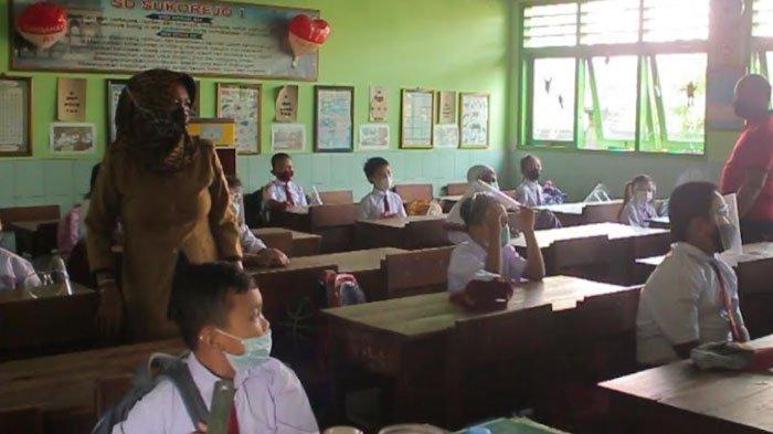 SD dan SMP di Kecamatan Kediri Resmi Laksanakan PTMT, Orangtua Siswa Sambut Bahagia