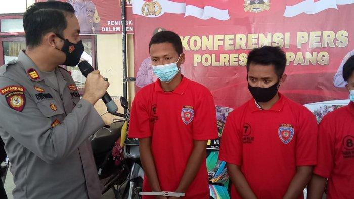 Bertransaksi Hingga Puluhan Gram Sabu, Tiga Pria di Sampang Diringkus Polisi