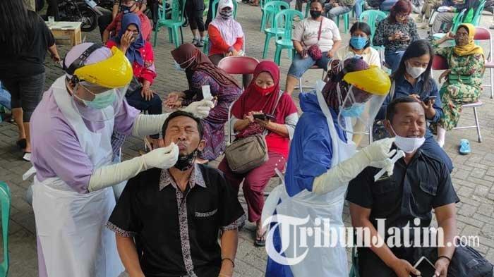 Persiapan Uji Coba Pembukaan Makam Bung Karno Kota Blitar, Ratusan Pelaku Wisata Dites Swab