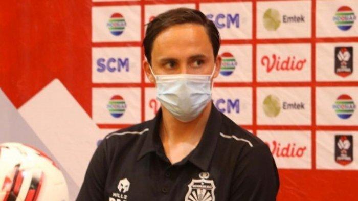 Ditahan Imbang Arema FC 1-1 , Pelatih Bhayangkara FC Kecewa dengan Keputusan Wasit
