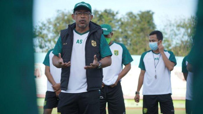 Punya Rekor Bagus, Aji Santoso Minta Pemain Persebaya Tampil Maksimal Saat Jumpa Bhayangkara FC