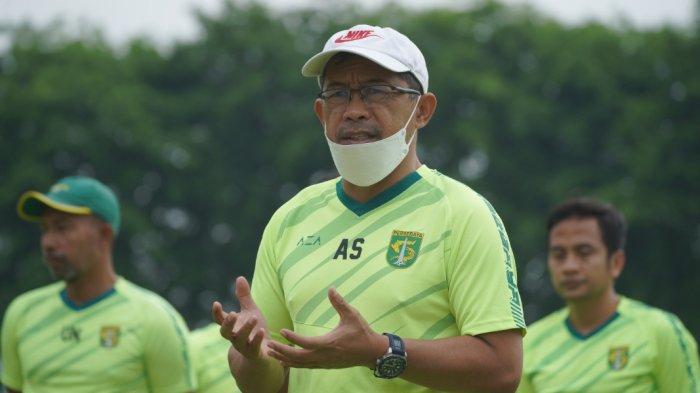 Persebaya Berniat Tahan Pemainnya ke Timnas Indonesia, Aji Santoso: Klub Lain Bisa Kenapa Kami Tidak