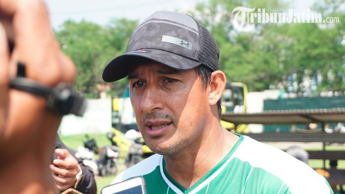 Alfredo Vera Resmi Tangani Sriwijaya FC, Langsung Geber Latihan di Jakabaring