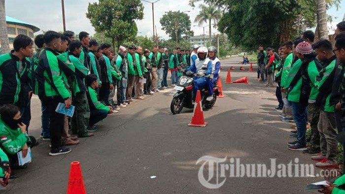 MPM Honda Malang Ajarkan Safety Riding untuk Pengendara Ojek Online