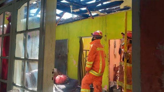 Satu Rumah di Kota Batu Terbakar, Api Diduga Kuat Berasal dari Tungku Dapur yang Masih Menyala