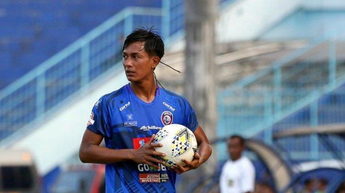 Main Tanpa Dukungan Langsung Aremania, Kapten Arema FC Punya Cara Khusus Bakar Semangat di Lapangan