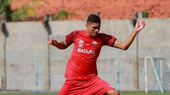 Soal Penilaian Robert Junior Rodrigues Santos, Pelatih Madura United Tunggu Kondisinya Fit