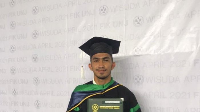 Pemain Persik Kediri Aldo Claudio Berhasil Menyelesaikan Studi S1 Olahraga, Lulus dengan IPK 3,31