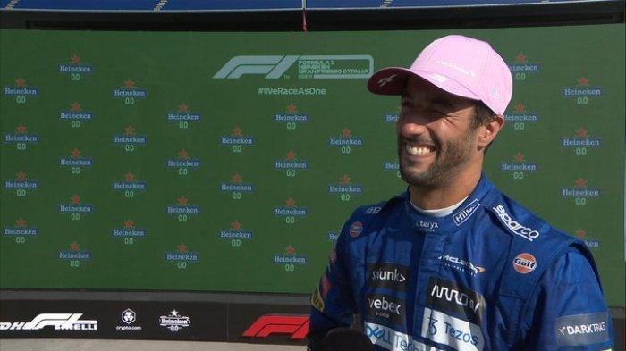 Pembalap McLaren, Daniel Ricciardo, memenangi balapan F1 GP Italia 2021 di Sirkuit Monza, Minggu (12/9/2021).