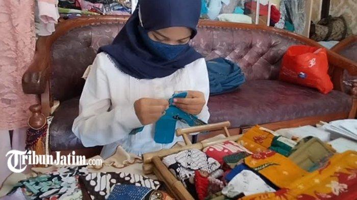 Fildza Siswi SMP 6 Surabaya Bikin Pembalut dari Kain Perca, Berdayakan Ibu-ibu Terdampak Covid-19