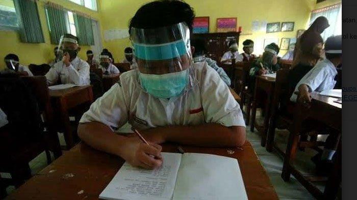 Sekolah di Tuban Mulai Lakukan Ujicoba Pembelajaran Tatap Muka, Disambut Gembira Orang Tua Murid