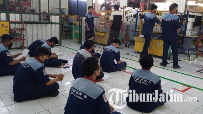 Tingkatkan Lulusan SMK, 300 SMK Jawa Timur Dapat Pelatihan Vokasi dari Sektor Industri