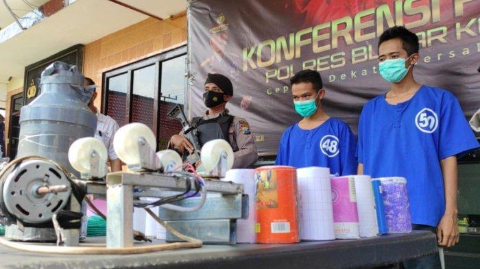 Polisi Bekuk Dua Penjual Obat Petasan di Blitar