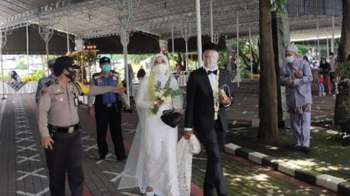 Resepsi Pernikahan di Masjid SIER Surabaya Dibubarkan Polisi, Cegah Kerumunan di Tengah PPKM Mikro