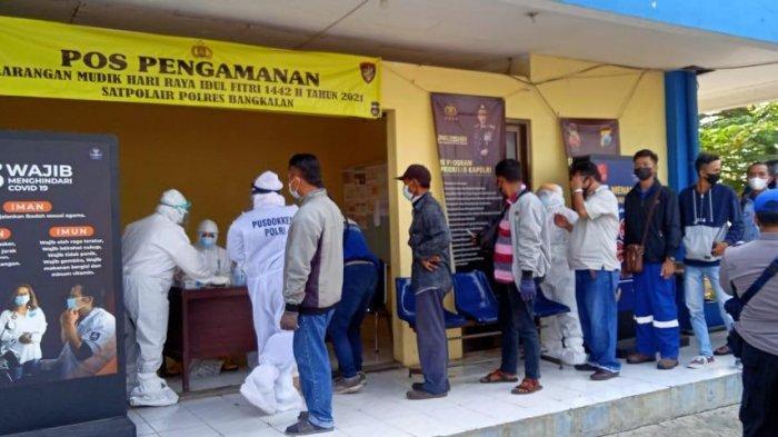 Penyekatan Digelar di Pelabuhan Kamal dan Ujung Perak, Hasilnya Empat Warga Reaktif