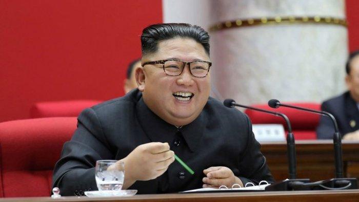 VIRAL TERPOPULER: Gerak-gerik 'Aneh' di Korea Utara hingga 4 Anak Pejabat Tanah Air Hidup Sederhana