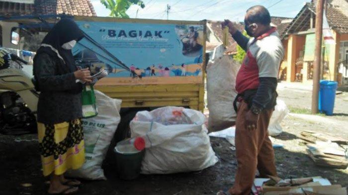 Warga Banyuwangi Diajak Kumpulkan Sampah Rumah Tangga, Bisa Hasilkan Tambahan Uang di Masa Pandemi