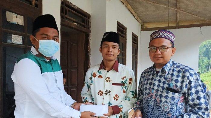 Irham Maulana Siswa Madrasah Aliyah di Pamekasan Menderita Kanker Pembuluh Darah Sejak Lahir