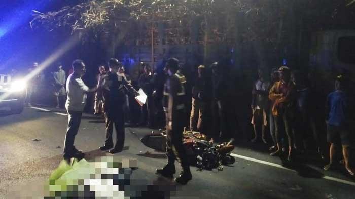 Kecelakaan Maut di Kediri, Pemuda Tewas usai Menyerempet Truk yang Parkir Tanpa Lampu Isyarat