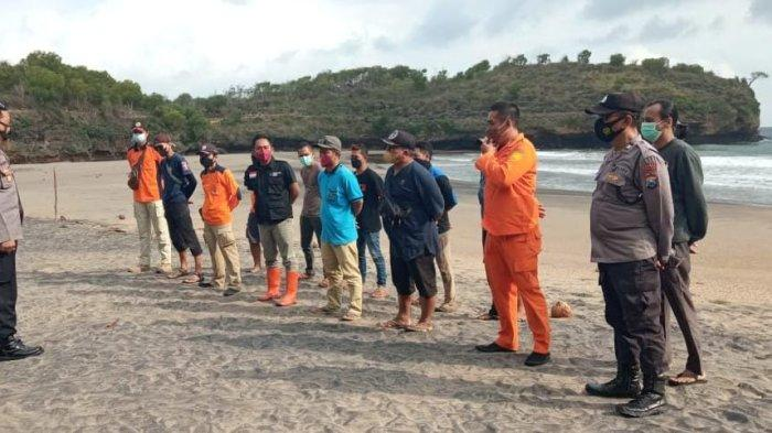 Pencarian Wisatawan yang Terseret Ombak di Pantai Ngiroboyo Pacitan Dihentikan