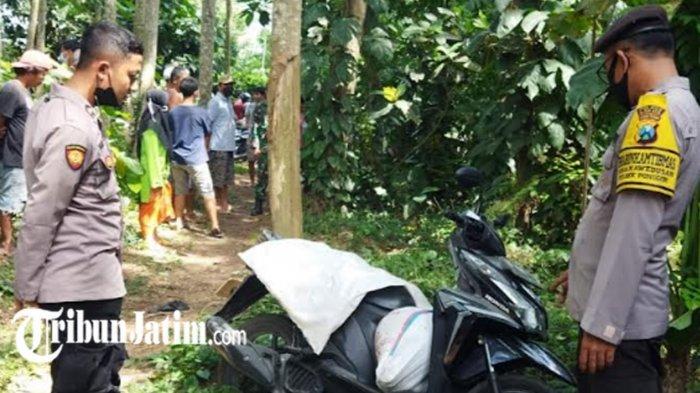 Datangi Lokasi Pria Gantung Diri di Kecamatan Ponggok , Polisi Temukan Jasad Perempuan Dalam Karung