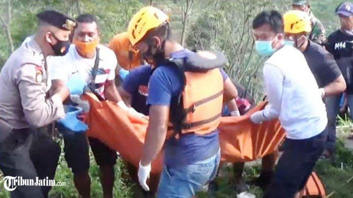 Mayat Mr X Tanpa Busana Ngambang di Saluran Irigasi Sawah Magetan, Ada Luka Memar di Tubuh Korban