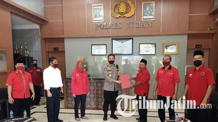Kecam Keras Aksi Pembakaran Bendera PDIP di Jakarta, Kader Banteng Lapor ke Polres Tuban