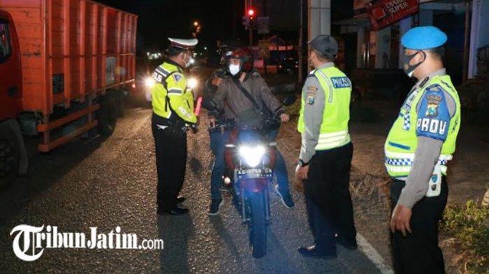 TNI-POLRI Cek Pos Perbatasan Ponorogo-Madiun, Antisipasi Tradisi Ziarah Saat Malam Suroan