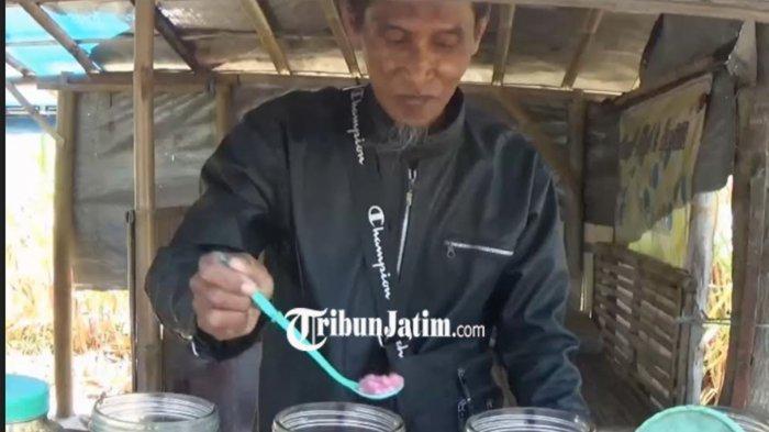 Penjual Es Buah Tasik di Magetan Bersyukur Usahanya Berjalan Normal