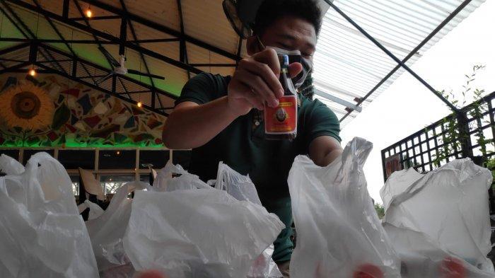 Masa Pandemi Buat Hati Penjual Jamu di Kawasan Elit Surabaya Tergerak Bagi Bantuan Bagi Warga Isoman