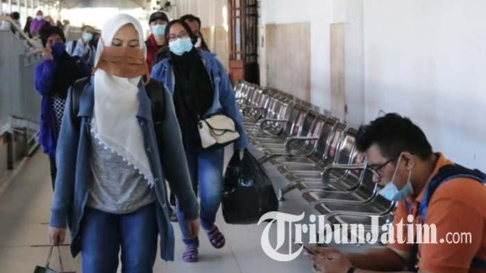 1.389 Penumpang Kereta Api Jarak Jauh Tiba di Surabaya, PT KAI Tegaskan Bukan Pemudik