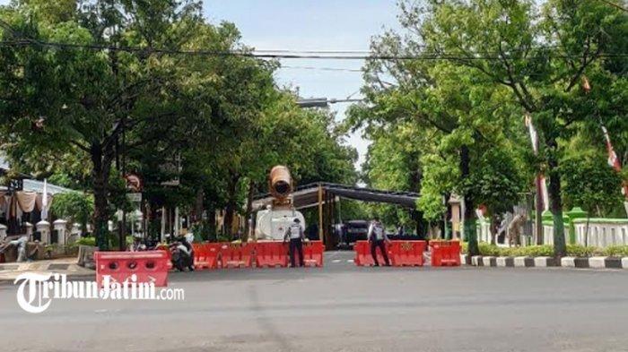 Jalan Pramuka Ditutup 2 Hari, Dukung 'Gerakan Serentak Lawan Covid-19 di Kabupaten Tuban'