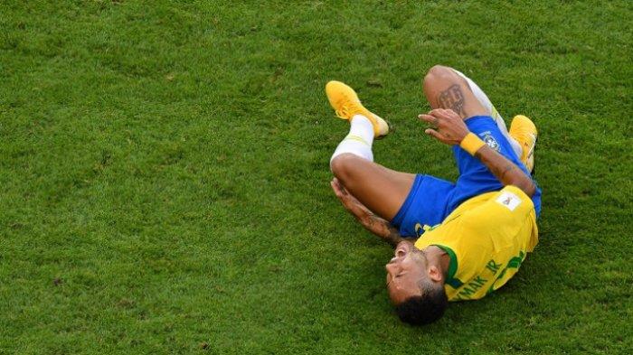 Bawa kemenangan untuk Brazil, Aksi Neymar Dikritik 'Memalukan' oleh Pelatih Meksiko