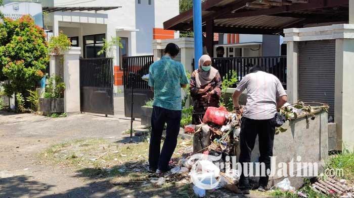 Geledah Kantor Dinas Peternakan dan Kesehatan Hewan Probolinggo, Penyidik KPK Curiga Dokumen Dibuang